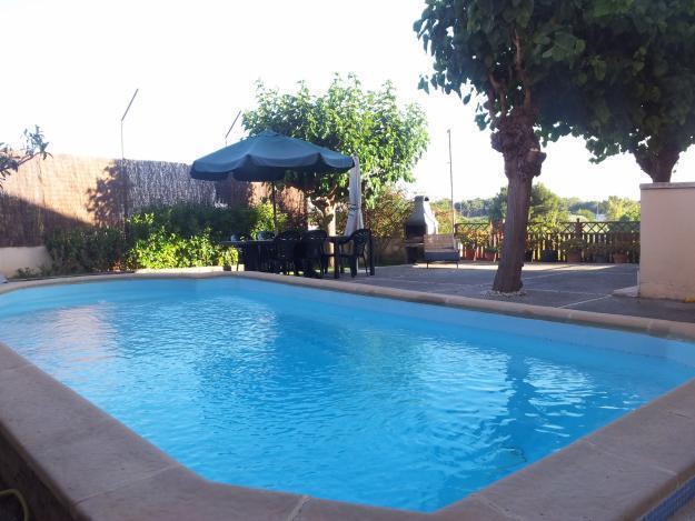 Chalet + Piscina privada a 1,5 Km playa Castelldefels