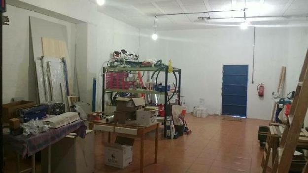 BARAÑAIN.LOCAL DIÁFANO DE 78 METROS ÚTILES