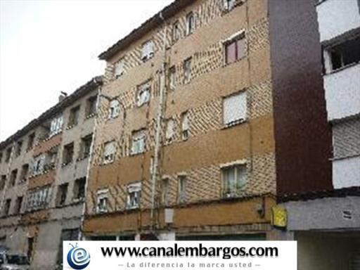 Piso 3 habitaciones - Llanera - Lugo