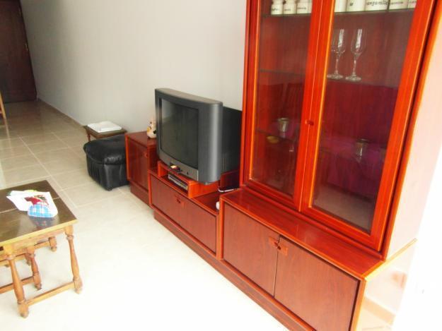 Buen piso Ctra.Carmona por casa en Montequinto o Mairena Aljarafe cerca metro.