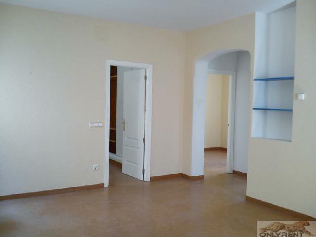 Piso 2 dormitorios, 1 baños, 0 garajes, Reformado, en Madrid, Madrid