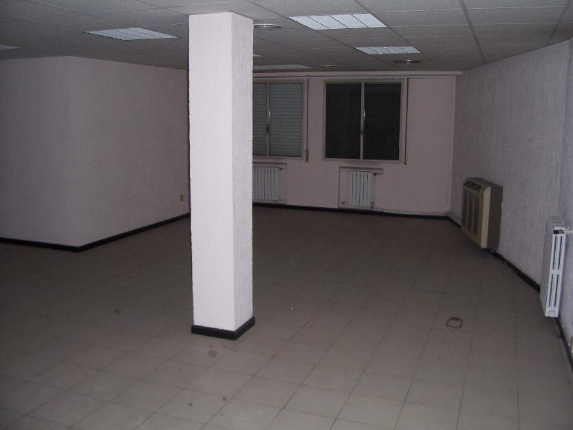 Oficina de 150 metros en Plaza San Miguel con el Coso.
