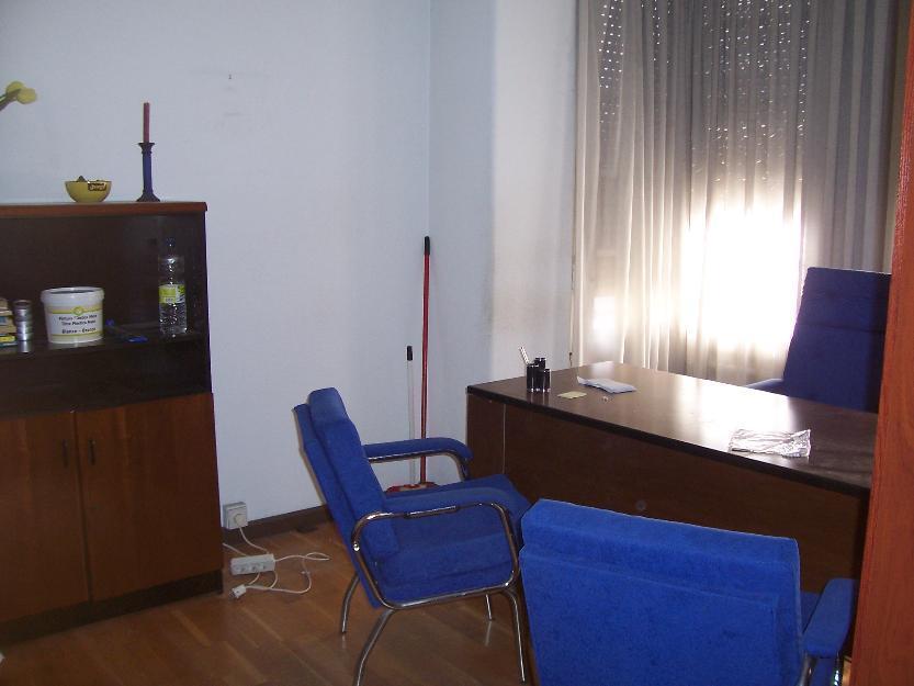 Oficina instalada de 140 metros en la esquina de Pso.Constitución con Pso. La Mina