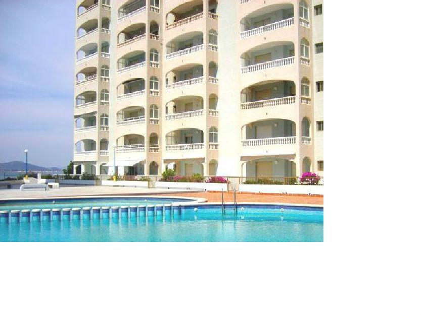 Apartamentos 1, 2 y 3 dormitorios en primera línea