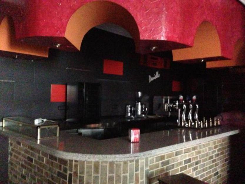 Alquiler Espectacular Restaurante 350m² con terraza en la mejor zona de Alcorcón.