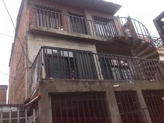 PERMUTO casa de 3 plantas