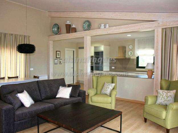Villa, 3 dormitorios, 234 m2, nueva,